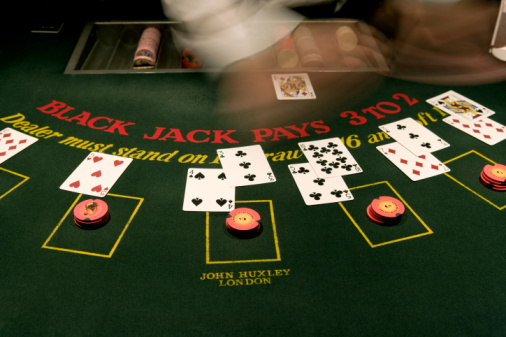 "Cosa significa ""Hit"" nel blackjack?"
